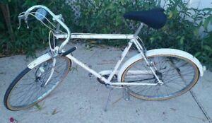"Vintage White Huffy Sportsman Bike - 1961 - Mens 26"" - 3 Speed"
