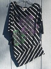 New Derek Heart Tunic Top Black White Purple Green Flowers Diagonal Hem Size S