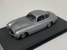 1/43 Minichamps Mercedes 300 SL 1952 Caracciola in Silver on Leather base A1064