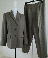 Vntg. DRESSBARN~Women's Size 14~Gray Plated Fully Lined Pants/Suit Office Wear.