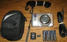 Nikon Coolpix L5 7.2 MP 5.0x Optical Zoom Lens Silver UVGC Guarantee Bundled
