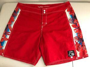 EUC 🌊 Quiksilver® for J.Crew Floral Hawaiian Classic Board Shorts Mens 36 Red