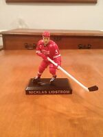 Nicklas Lidstrom Detroit Red Wings figure NHL Sweden Hockey 2009 Little Caesars