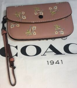 Coach 1941 Glovetanned Leather Floral Bow Print Clutch Wristlet  21645 BNWT