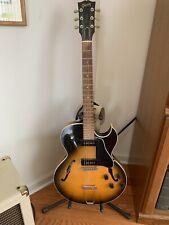 Vintage Gibson ES-135 Hollowbody Electric Guitar, Sunburst case