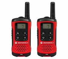 Motorola TLKR T40 2 Way Walkie Talkie Gift Set PMR 446 Radio Kit 4km Red 2 Pack