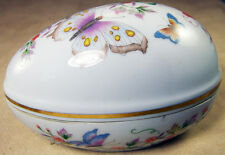 AVON FINE PORCELAIN TREASURE EGG TRINKET BOX with BUTTERFLIES GOLD TRIM 1974