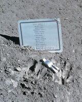 """PLAQUE & """"FALLEN ASTRONAUT"""" LEFT ON MOON APOLLO 15 MISSION - 8X10 PHOTO (AA-934)"""