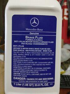 (2 PACK) Genuine Mercedes Benz DOT 4 Plus Brake Fluid 1 Liter OEM 000989080701