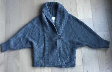 Women's Abercrombie and Fitch Gray Sweater Size Medium M
