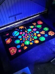 'Bubbles' UV Backdrop (UK, pre-owned)