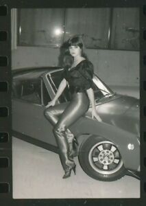 1982 Original Contact Sheet with 23 Sexy 35mm Negatives GIRLS & CARS vv
