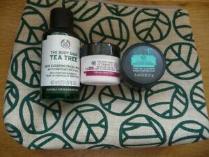 Body Shop Gift Set - Vitamin E Tea Tree Facial Wash Charcoal Mask - NEW