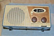 Granco 702U Vacuum Tube Am-Fm Table Radio c.1962 parts repair display