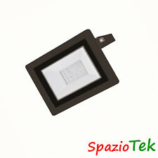 Faretto PROIETTORE LED 20W 220V 20Watt LUCE FARO interno esterno STAGNA IP65