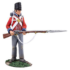 BRITAINS 36149 - British 1st Foot Guard Battalion Company Standing Defending