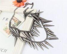 Modeschmuck-Halsketten mit Tropfen