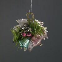 Gablonzer Ornament mit Blatt und Gansfederzweig um 1930  (# 12456)