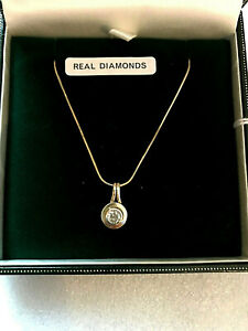 LOVELY SOLITAIRE Diamond Pendant with a nice 9ct Chain full UK Hallmark