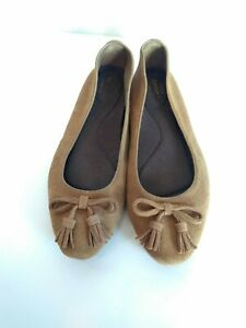CROCS TRIPLE COMFORT SUEDE Brown Tassel SLIP-ON Ballet Flats Shoes 9.5 VGC