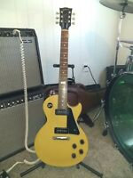 Gibson Les Paul w Gator HardCase, Seymour Duncan P-ups, and Gotoh Locking Tuners