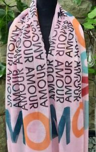 PINK AMOUR LOVE PRINT SCARF BN