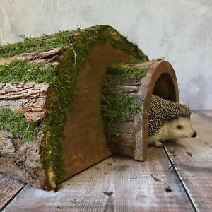 Wooden Barkwood Hogitat Hedgehog House Shelter Hibernation Nest Box