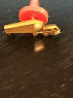 Vintage Collectible Semi 18 Wheeler Truck Cab Metal Pinback Pin Back Lapel Pin