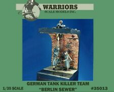 Warriors 1:35 German Tank Killer Team Berlin Sewer w/ Base Figure Kit #35013