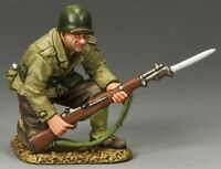 KING & COUNTRY D DAY DD186 U.S. 1ST INFANTRY DIVISION KNEELING WITH RIFLE MIB