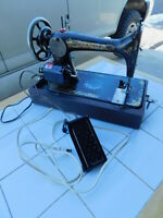 WORKS! Antique 1899 Singer Sewing Machine Sphinx Portable Motorized Foot Pedal