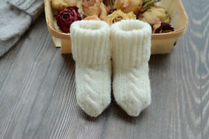 Unique handmade newborn baby socks sheep wool thin knitted socks cable knit