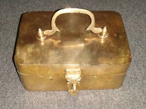 BEAUTIFUL VINTAGE BRASS HINGED TRINKET LIDDED CASE BOX WITH HANDLE!