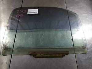 TOYOTA HILUX RIGHT FRONT DOOR WINDOW SINGLE/EXTRA CAB, 1/4 GLASS TYPE, 09/97-03/