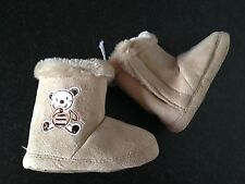 BNWT Baby Boys or Girls Sz 3 Target Brand Soft Mock Fur Lined Cute Slipper Boots