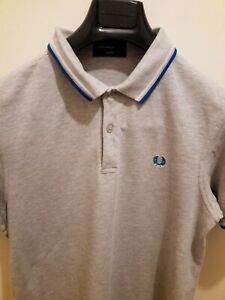 MENS T SHIRT FRED PERRY SIZE MEDIUM LIKE NEW
