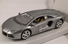 LAMBORGHINI AVENTADOR LP700-4 in Grey - 1/24 scale model by Maisto