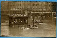 CPA PHOTO: PARIS - Hôtel Terminus rue de Rome et entrée du Métro - 1910