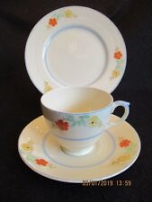 ART DECO NEW HALL #2690 HAND-PAINTED FLORAL CUP/SAUC/PLATE TRIO c.1930's EX