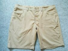 """DESIGNER UNDER ARMOUR BEIGE Leaderboard Tech SHORTS..SIZE 42""""...NEW COND RRP £60"""