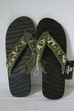 Mens Camo Flip Flops Size Medium 10 - 11 Frayed Camouflage Sandals Cloth Strap