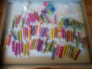 Gros lot de tubes de perles de rocaille