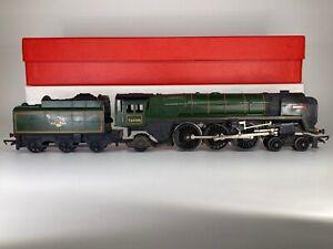 Triang R259 BR Britannia 7000 Loco & Tender OO Gauge - Smoke Fitted