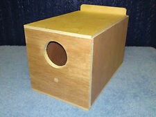 1 x  Budgie Nest Box End Entry Aviary Breeding Bird Nesting Boxes Inc Concave