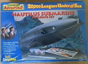 Revell Nautilus 20,000 Leagues Under the Sea Factory Sealed 1/100