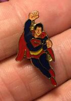 Superman enamel pin NOS vintage 80s super hero DC comics hat lapel bag retro 70s