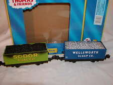 Lionel 6-81423 Thomas Friends Sodor Coal & Scrap Gondola 2 pack O 027 Display