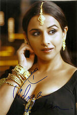 Bollywood VIDYA BALAN handsigned 8x12 IN PERSON! Sexy