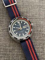 Vintage Seiko RALLYE Automatic Day-Date Watch Blue Dial w/ Orange Hand 7006-8030