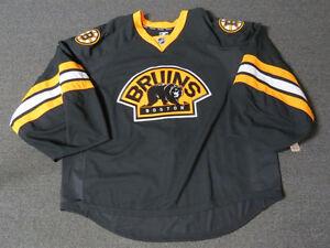 New Boston Bruins Third Authentic Team Issued Reebok Edge 2.0 Hockey Jersey
